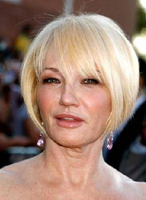 Short Hairstyles For Women Over 50 Hairstylescut.com
