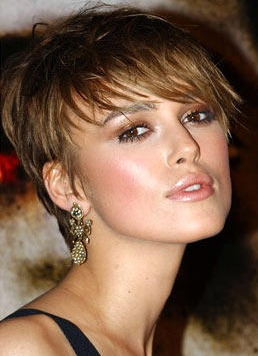 Communication on this topic: Amber Valletta Medium Hairstyles, amber-valletta-medium-hairstyles/