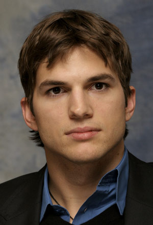 Celebrity hairstyle Ashton Kutcher