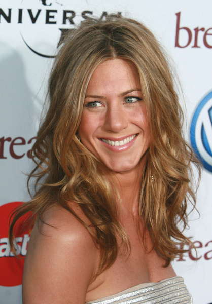 New Curly Sedu Hairstyle Jennifer Aniston