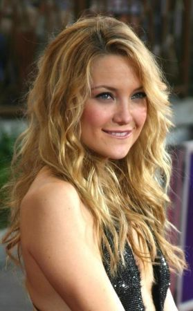 Cute Wavy Casual Wear Long style - Pictures of Long Hairstyles