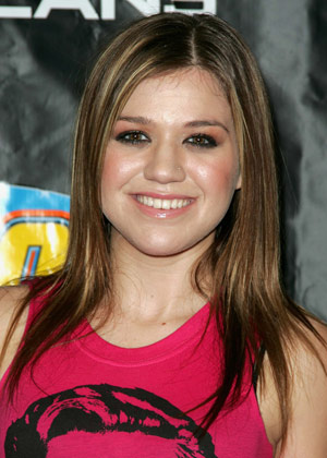Kelly Clarkson S Popular Hair Styles