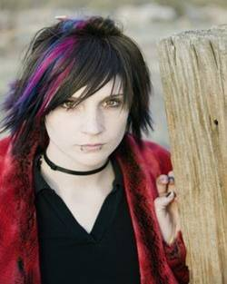 short emo girl hairstyles  pictures of short emo girls